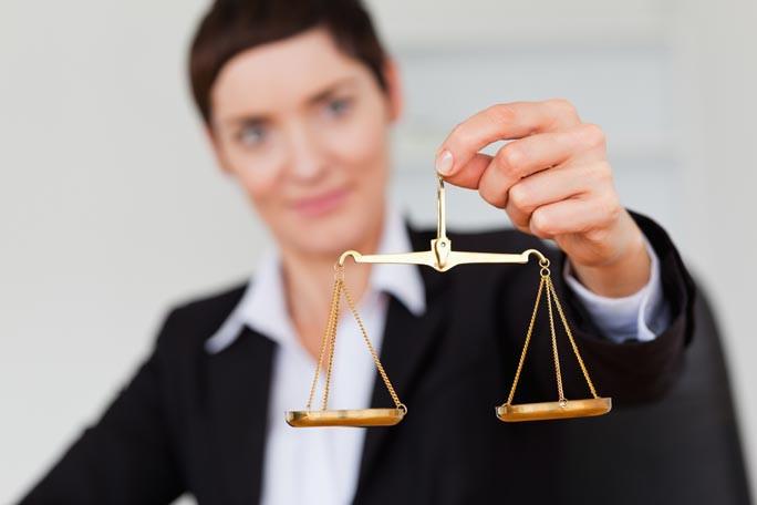 Waage der Justitia als das Symbol für Gerechtigkeit und Rechtspflege